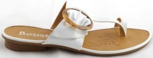 Papuci albi Ana Maria