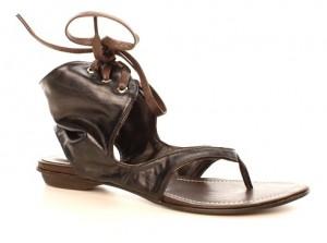 Sandale negre tip cizma Pizzo